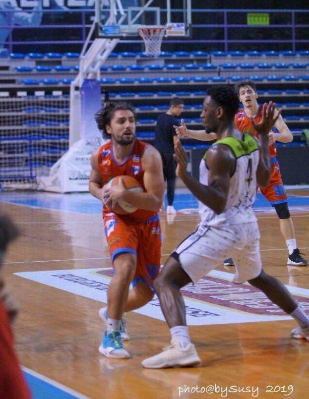 Serie B: La Sinermatic torna a sorridere. Un'emozionante derby con Faenza si tinge di biancorosso - Basket World Life